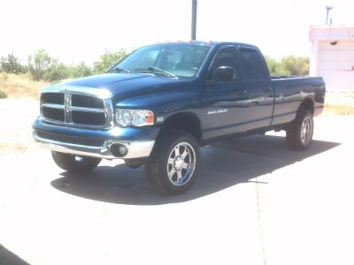 2004 DODGE QUAD CAB 4X4 LWB HD 2500