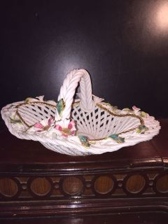 PORCELAIN BASKET WITH ROSES SIGNED DEAL OF THE DAY!!!