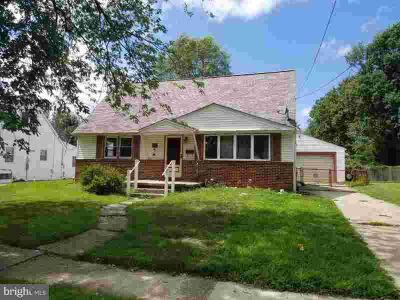 10 Amhurst Ave Somerdale Four BR, Check out this great home in