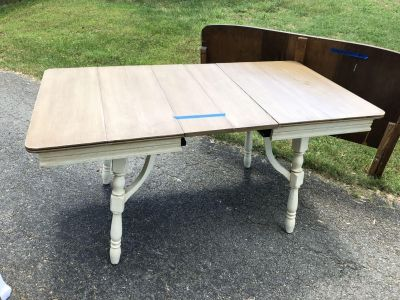 4 Person Dining Table with leaves