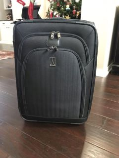 Travelpro 21 Suitcase - Great condition