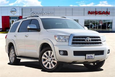 2016 Toyota Sequoia Platinum (White)