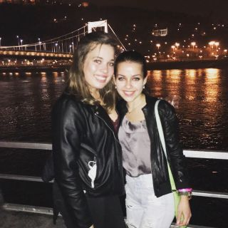 Viara is looking for a New Roommate in New York with a budget of $1650.00