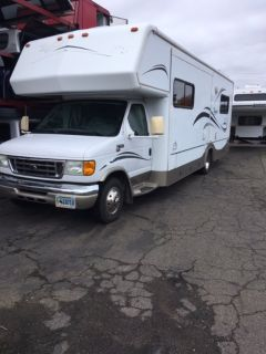 2005 Bigfoot RV Bigfoot RV 29 Slide