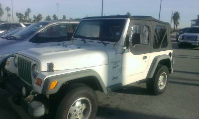 2000 4x4 Jeep Wrangler FOR SALE