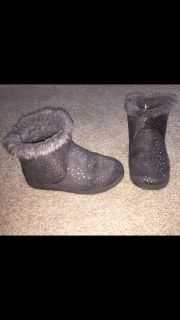 Cat & jack brand grey boots