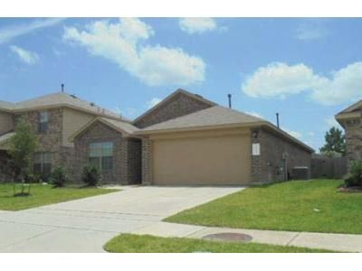 3 Bed 2 Bath Preforeclosure Property in Spring, TX 77373 - Mary Thistle Dr