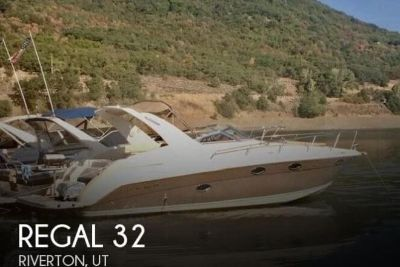 2002 Regal Commadore 3260