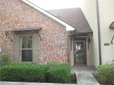 2 Bed 2 Bath Foreclosure Property in Prairieville, LA 70769 - Highway 73 Unit 37
