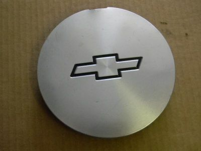 Purchase 1995-99 Chevrolet Cavalier OEM center cap 9592426 motorcycle in Winter Haven, Florida, US, for US $18.99