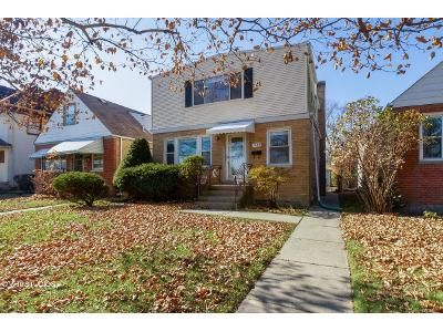 3 Bed 2 Bath Foreclosure Property in Evanston, IL 60201 - Pitner Ave