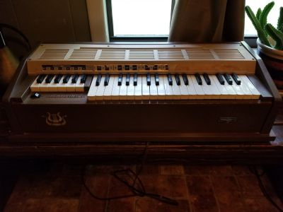 The Original 1960's Audion Poly Chord Organ