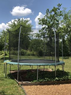 Trampoline in very good condition