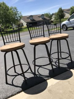Three 3ft tall barstool chairs. Good condition