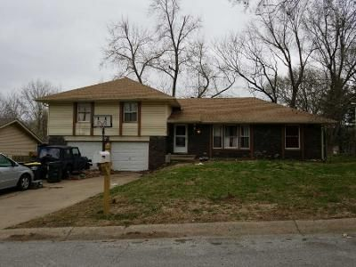 1 Bath Preforeclosure Property in Kansas City, MO 64152 - NW Walnut Creek Dr