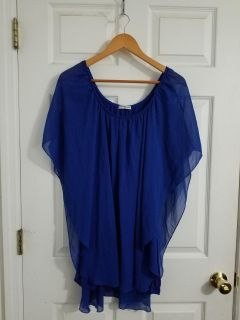Beautiful Royal Blue Cha Cha Vente Top Size 3X. Excellent Condition