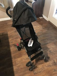 Grace Umbrella Stroller. Paid 40$ and asking just 15$. It s in great condition.