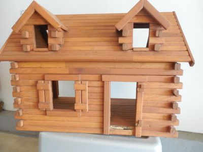 "Vintage ""Log Cabin"" DollHouse w/Fireplace, Chair and Hutch"