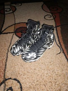 Under Armour football cleats size 1.5