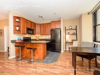 3 bedroom in Loop