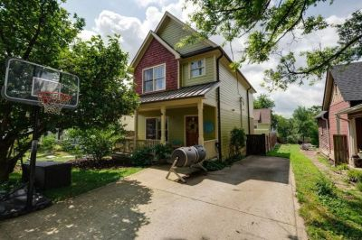 $4200 3 single-family home in Nashville West