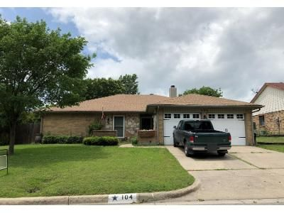 4 Bed 2 Bath Preforeclosure Property in Fort Worth, TX 76108 - Suttonwood Dr