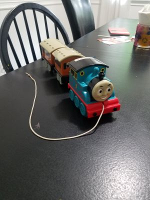 Thomas the train pull car with Annie and clarabel cars