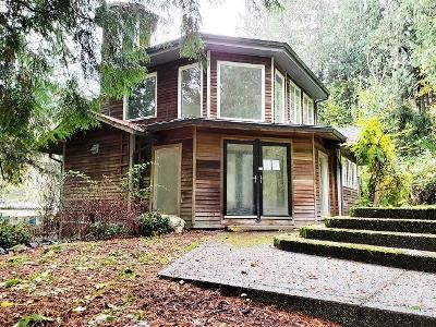 2 Bed 2 Bath Foreclosure Property in Bainbridge Island, WA 98110 - Taylor Ave NE