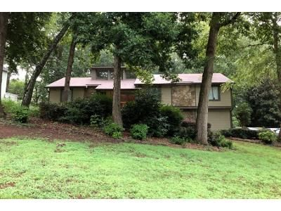 3 Bed 3 Bath Preforeclosure Property in Roswell, GA 30075 - Old Tree Trce