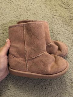 Pink faux uggs size 10