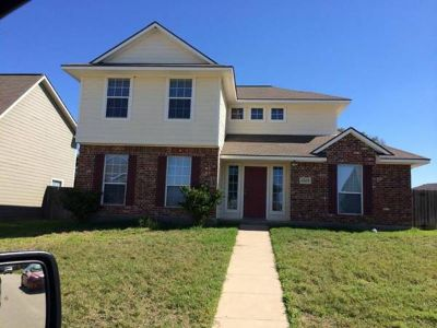 - $323 Room for Rent (Southern Trace)
