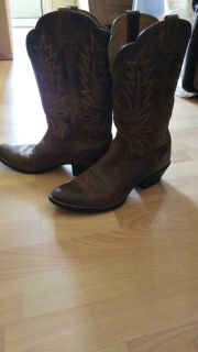 Ariat Cowgirl boots size 91/2