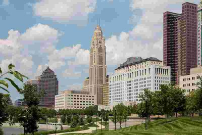 50 W Broad Street 3401 Columbus Two BR, This one story end unit