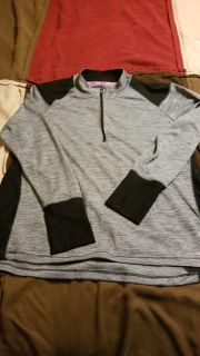 Light weight active pull over!