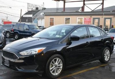 2018 Ford Focus SE (Shadow Black)