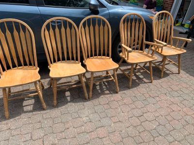 Set of 5 chairs