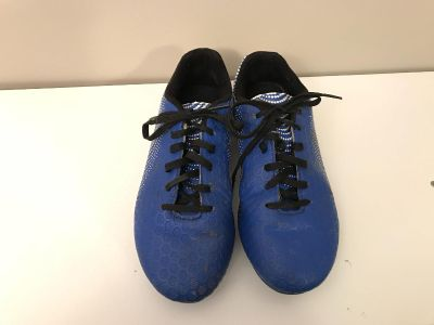 Soccer Cleats Size 3.5