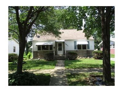 4 Bed 1.1 Bath Foreclosure Property in Harvey, IL 60426 - Union Ave