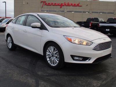 2018 Ford Focus Titanium (White Platinum)