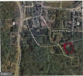 520 Fairground Rd Prince Frederick, One acre within the town