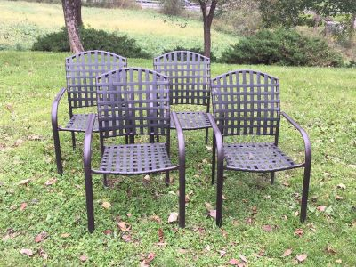 Set of 4 Outdoor Metal Chairs, good used condition, ALL for $30 **READ PICK-UP DETAILS BELOW