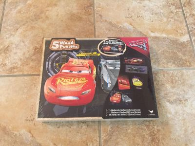 5 Wood Lightening McQueen puzzles Unopened