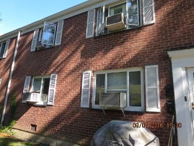 2 Bed 1 Bath Foreclosure Property in Queens Village, NY 11427 - Stronghurst Avenue 20-15