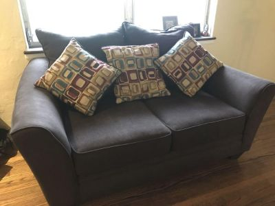 Brown fabric 2 set sleepover sofa and loveseat with throw pillows
