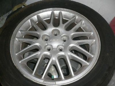 Sell 2003 SUBARU LEGACY LL 1 WHEEL RIM FACTORY AND TIRE OEM motorcycle in North Hollywood, California, US, for US $75.00