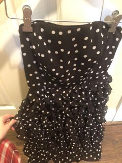 White House Black Market cocktail dress. New with tags. Size:00