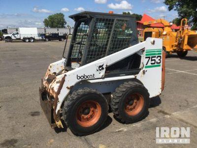 Bobcat 753 Skid-Steer Loader
