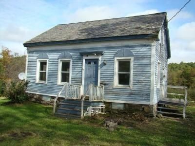 2 Bed 1 Bath Foreclosure Property in Salem, NY 12865 - State Route 22
