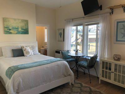 $2000 studio in Santa Cruz