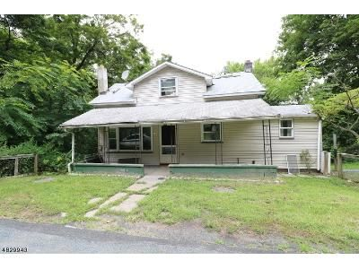 2 Bed 1 Bath Foreclosure Property in Blairstown, NJ 07825 - Route 94